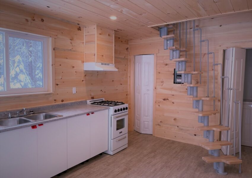 Arcadia off-grid Community Tiny House